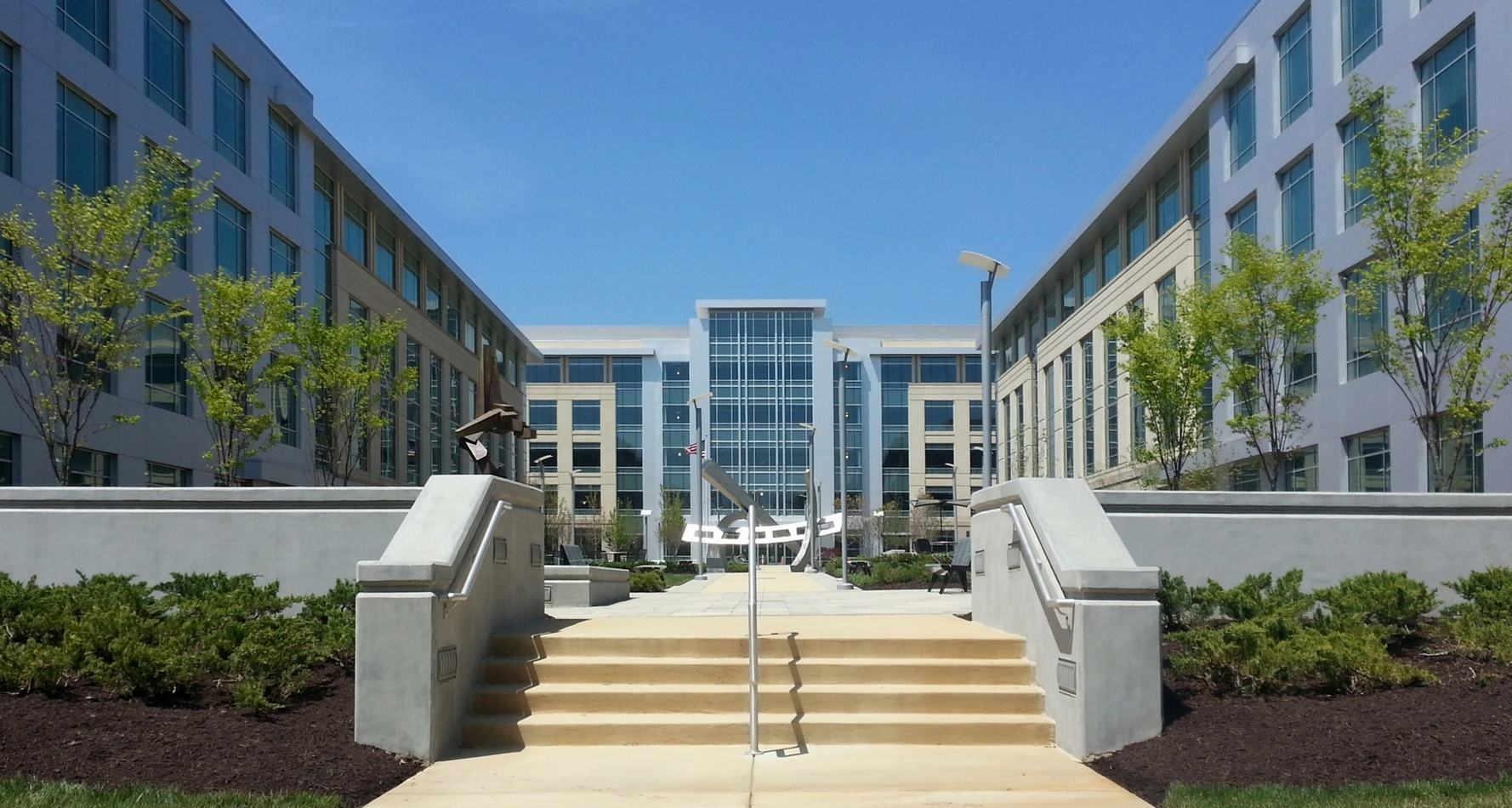 410-430 National Business Parkway - Exterior