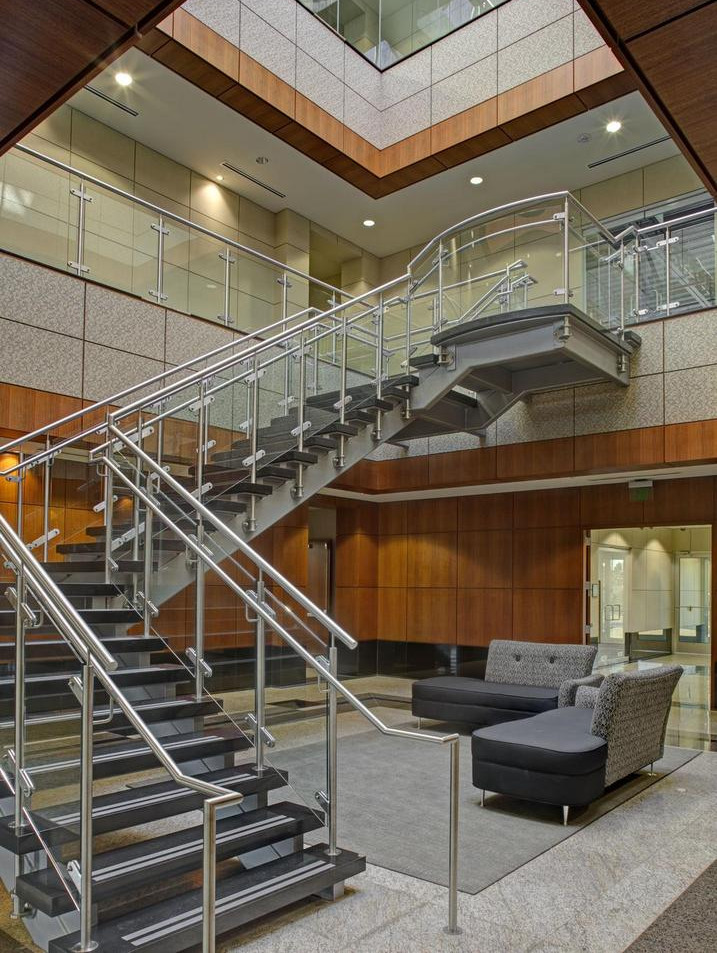 450 McHenry Road - Interior