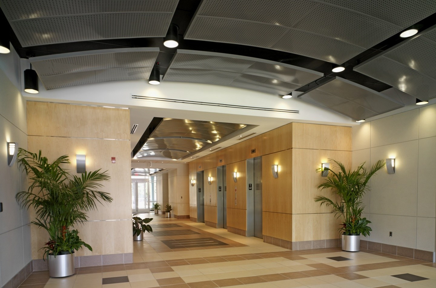 302 National Business Parkway - Interior
