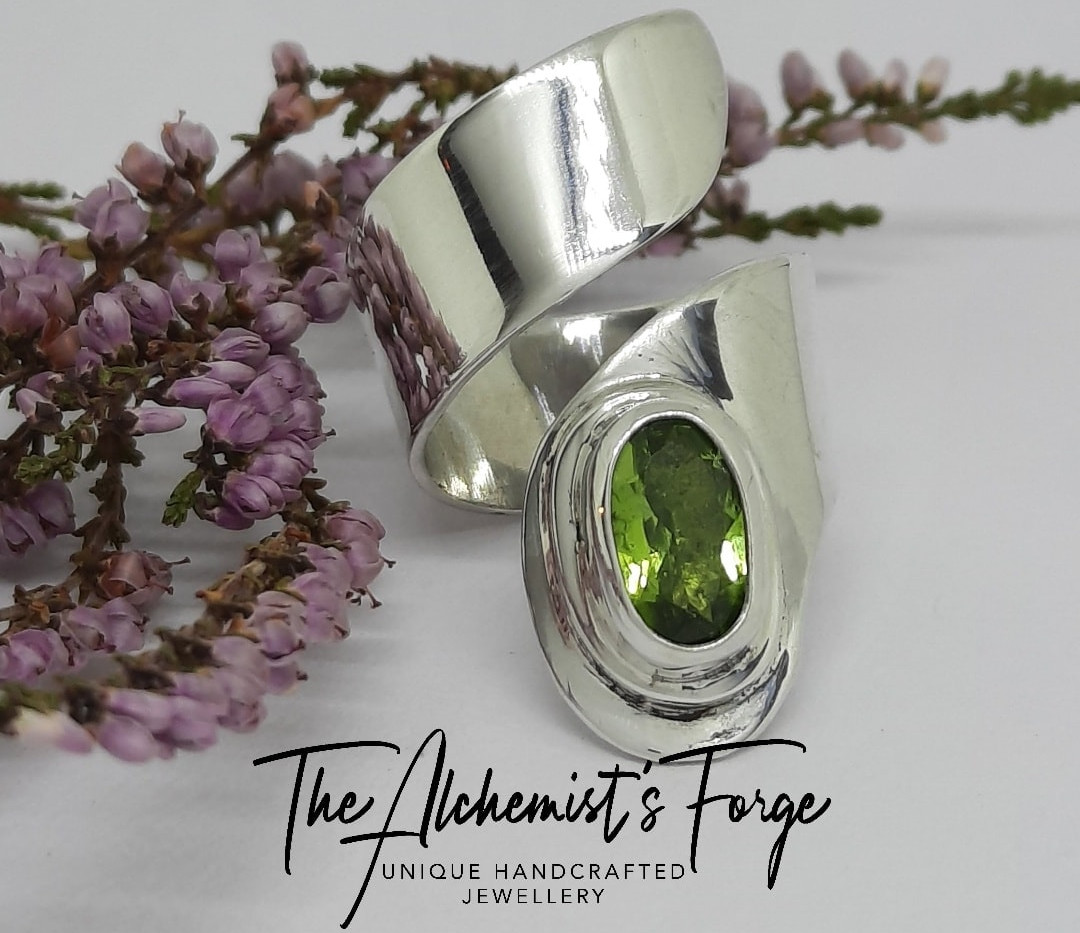 Peridot adjustable ring