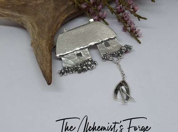 Fisherman's Bothies brooch