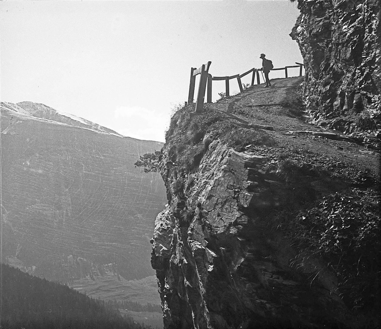 Mountain trail Leukerbad – Gemmi Pass (A1310)
