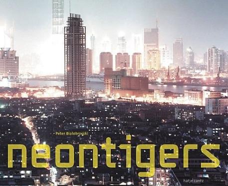 Neon Tigers - Peter Bialobrzeski