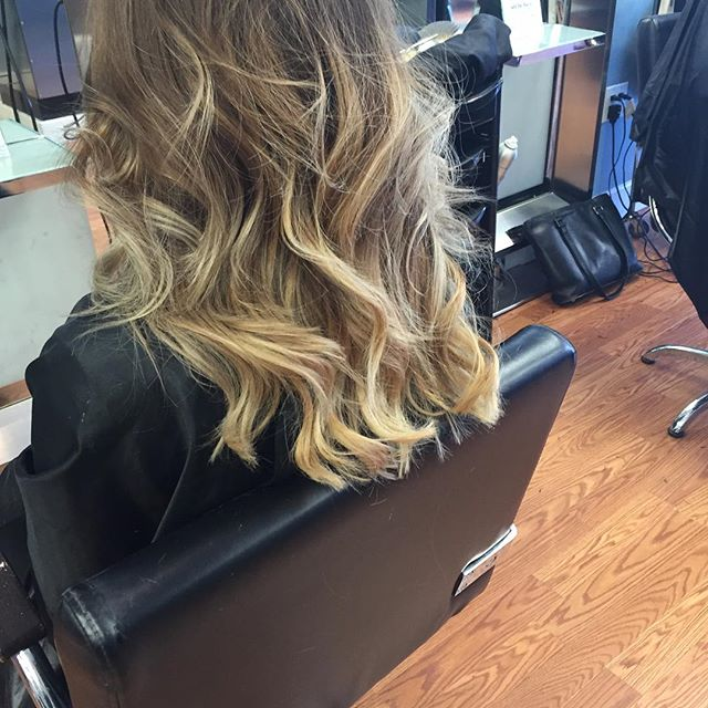 #balayage #modernsalon #scrupleshair #love #behindthechair #shesalon #beautiful