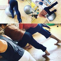 pilates fitball lyon yoga muscles