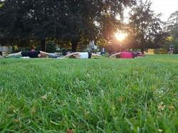 Pilates, gratuit, parc, collectif