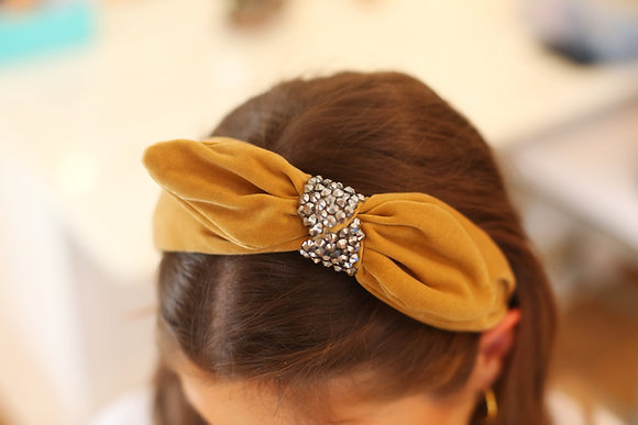 Crystal bow tie