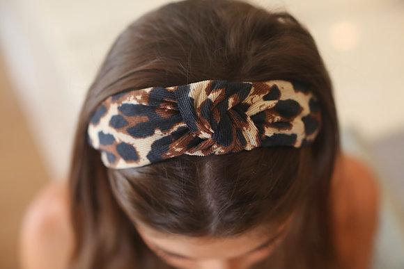 Leopard Knot