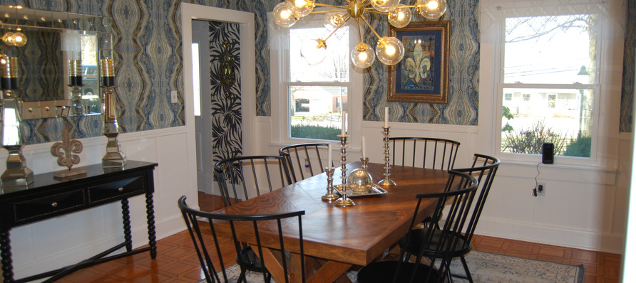 Inviting and Stylish Dining Room