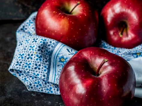 Kinder, kommt und ratet - der Bratapfel