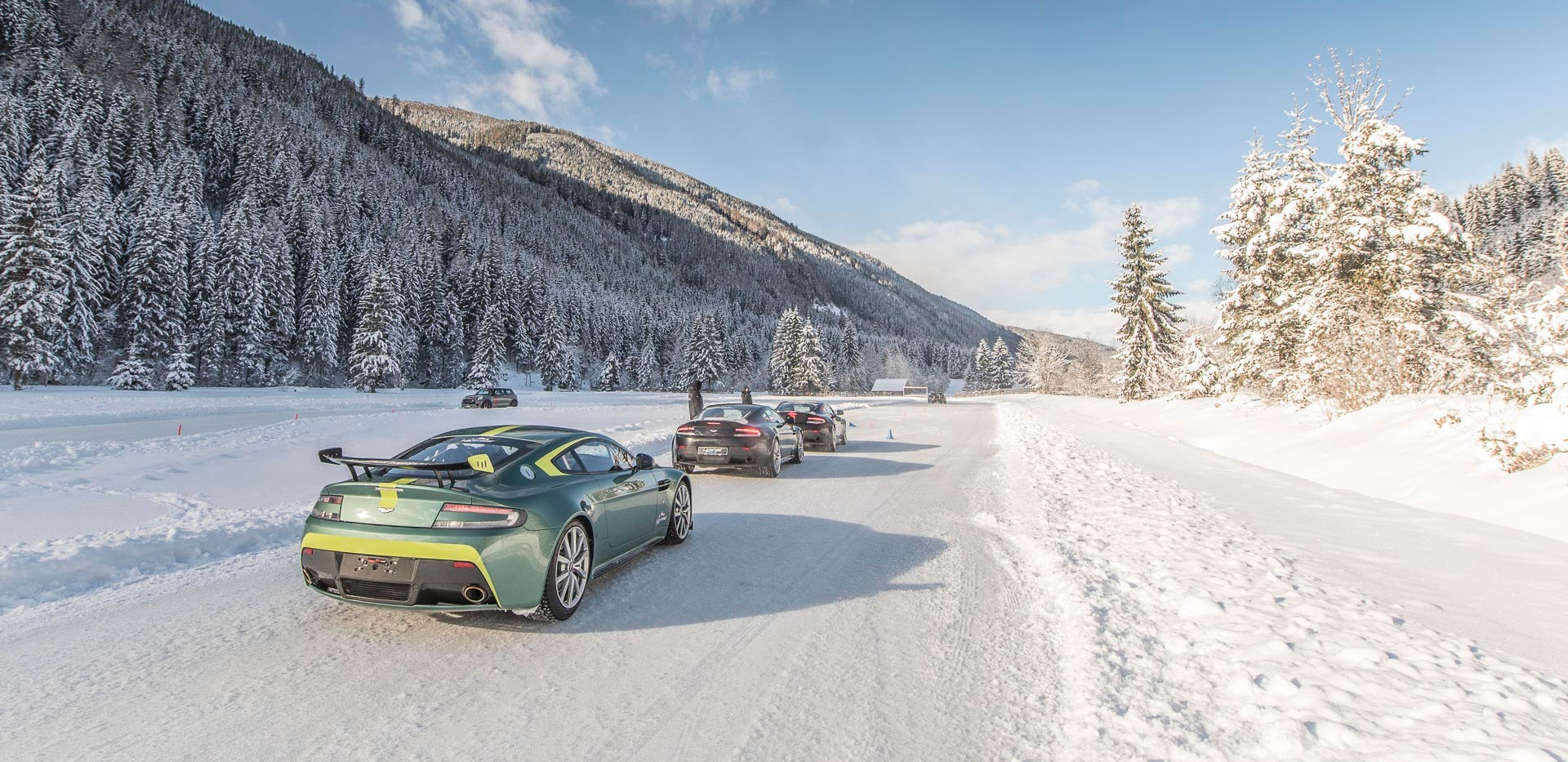 Aston Martin, Track Day, Performance Traiming, License to Race, Rennstrecke, Auto, Caterham, Hockenheimring, Nürburgring, Spa Francorchamps, Bilster Berg, Boxberg