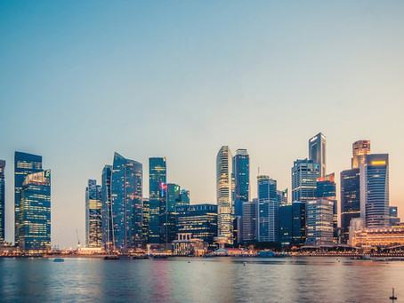 Das Raffles Hotel, eine britische Kolonie und die schwüle Hitze Singapurs- der Singapore Sling