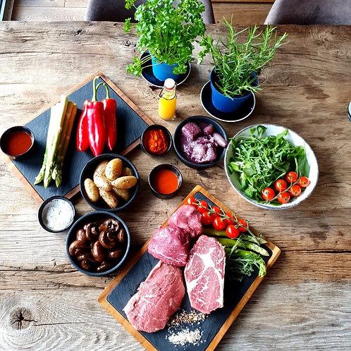 Premiumpaket mit Filet, Entrecote, Steakhüfte, Beilagen & Soßen