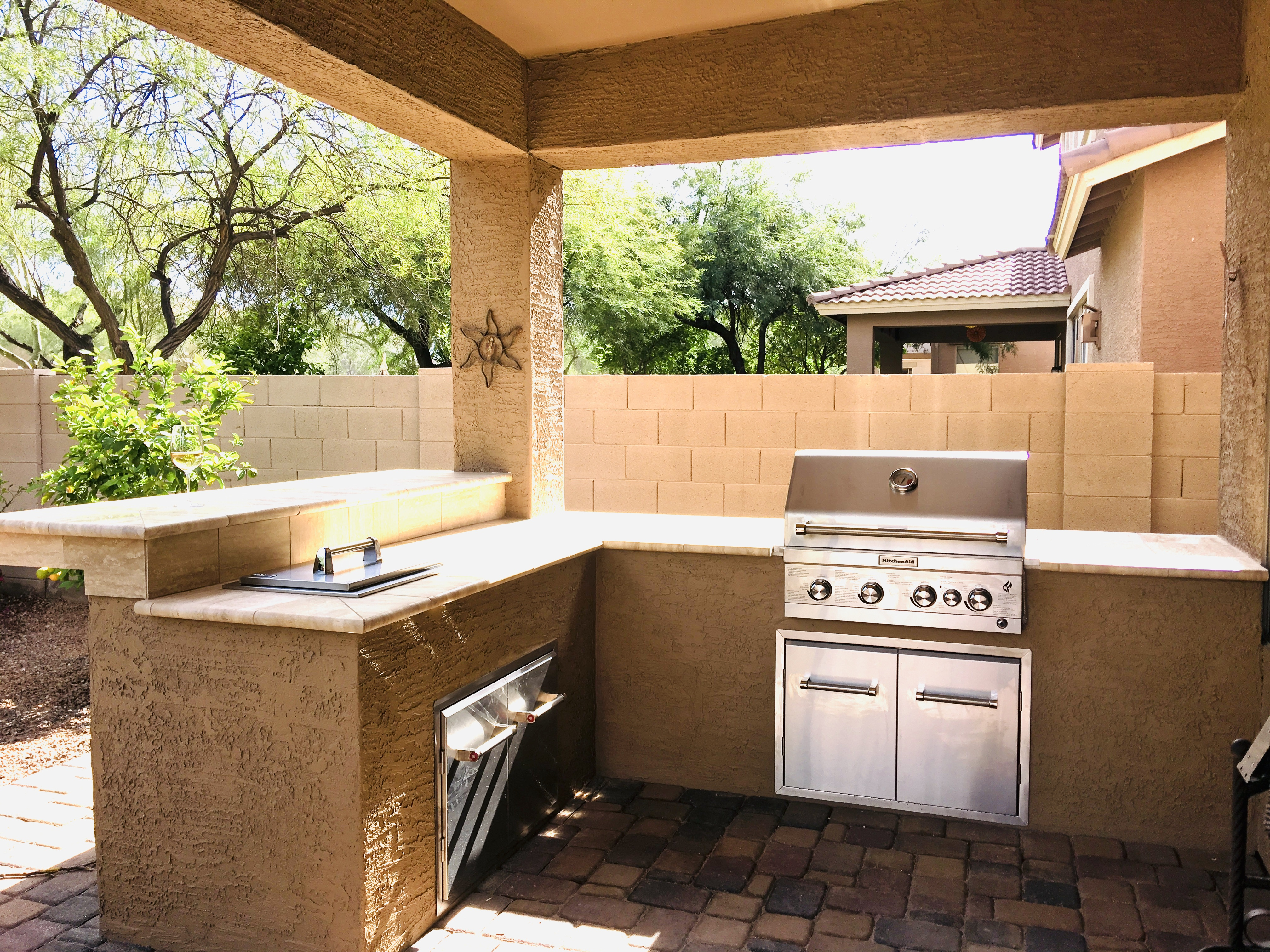 Outdoor BBQ Kitchen with Bar Queen Creek