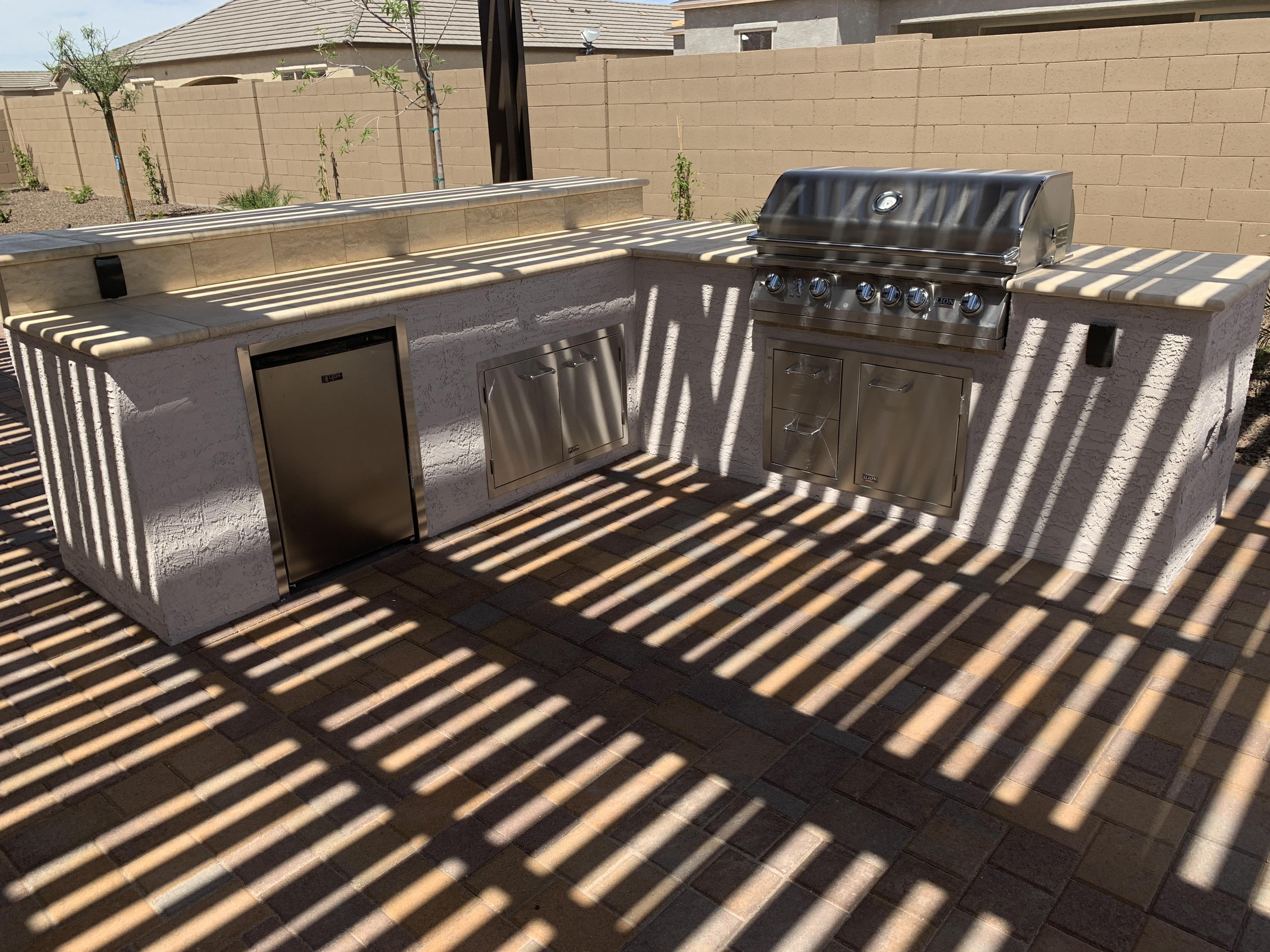 Outdoor Kitchen with Bar Queen Creek AZ.