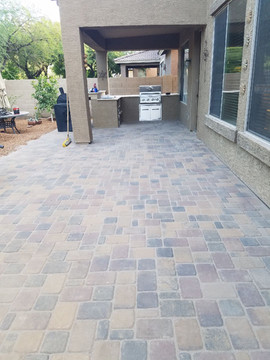 Paver Patio Seating Anthem AZ.jpg