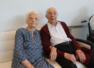 """Orelia Dilhome: Hartverwarmend! Woonzorgcentrum viert koppel van 100 jaar oud: """"Iedere dag wandelen"""