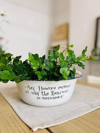 Vintage Enamel bowl / Planter