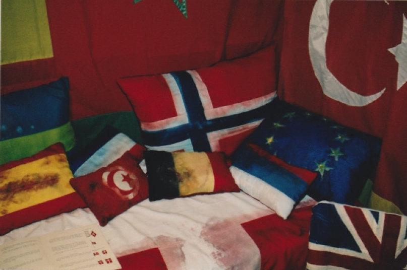 nete-olsen-drapeaux-nationaux-1.jpg