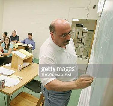 Edy & Manuel-team teaching 2.jpg
