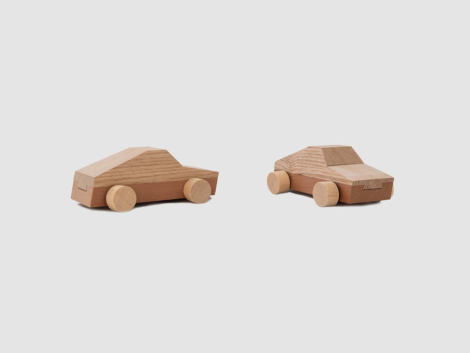 Toy_wood_car_3.jpg