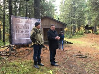 Александр Новьюхов поприветствовал участников семинара «Традиции в ремеслах – основа для этноса»