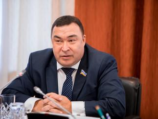 Александр Новьюхов принял участие в голосовании по внесению изменений в Конституцию Российской Федер