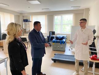Александр Новьюхов посетил Югорский колледж-интернат олимпийского резерва