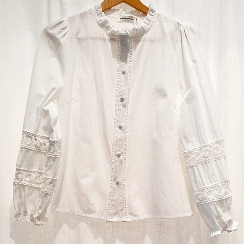 chemise blanche manches dentelle