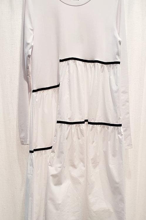 robe blanche, bandes noires