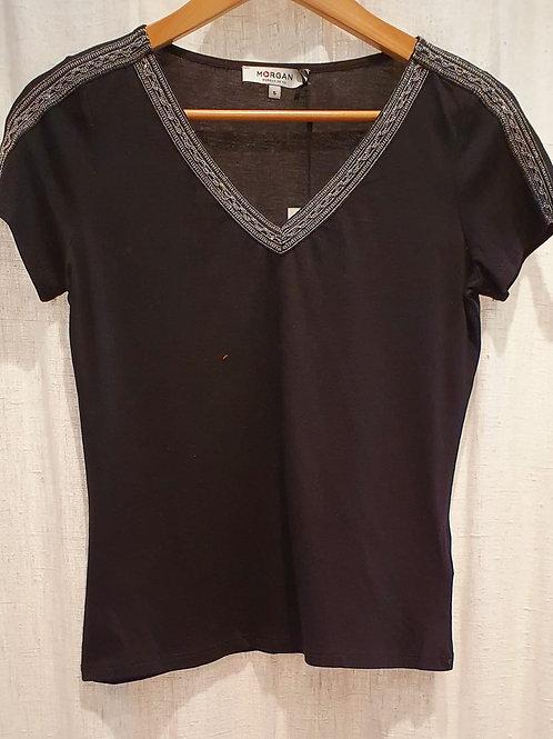 Tee shirt noir col V, bandes argent