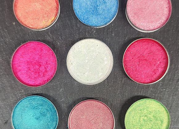 Sakura Eyeshadow Palette Kit