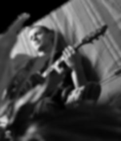 vaimamusique cours guitare vichy 03 guitariste acoustique vaima