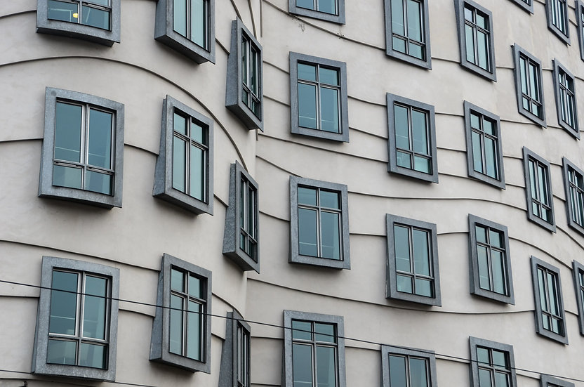 Dancing Windows