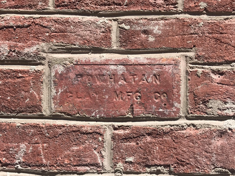 Custom brick placement in foundation