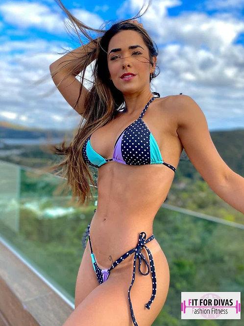 Bikini Brazil  Larissa Pois