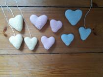 Herzvarianten rosa, hellblau, hellgelb