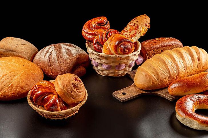 Bread_Buns_Pastry_Cutting_board_Wicker_b