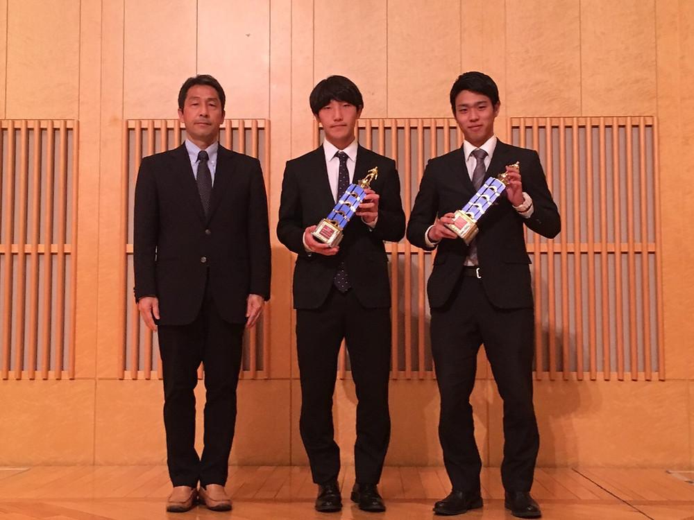 左から竹沢会長・市原選手・住永選手(尚美大)