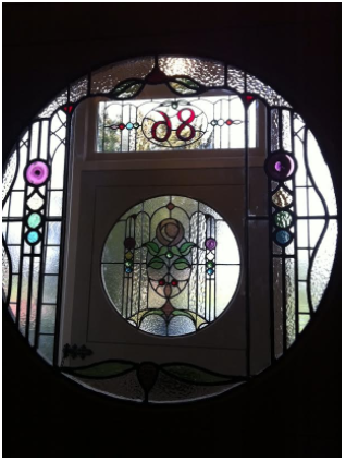 A seriously lovely round window affair..