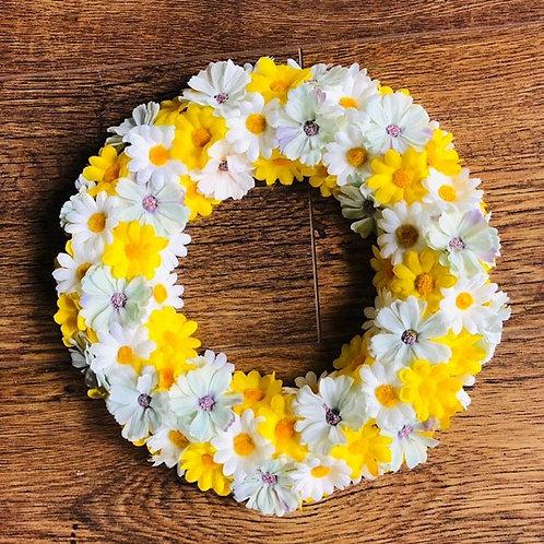 Pastel Shades Daisy Wreath