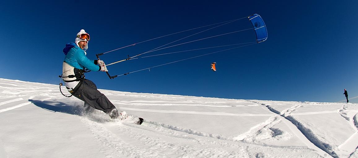 Snow-Kite-(12).jpg