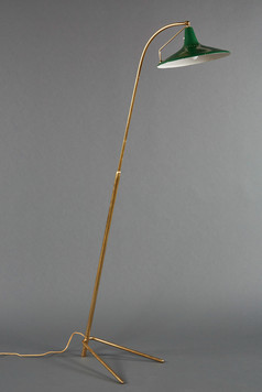 AN EXQUISITE ITALIAN ADJUSTABLE FLOOR LAMP WITH ENAMELED GREEN METAL SHADE