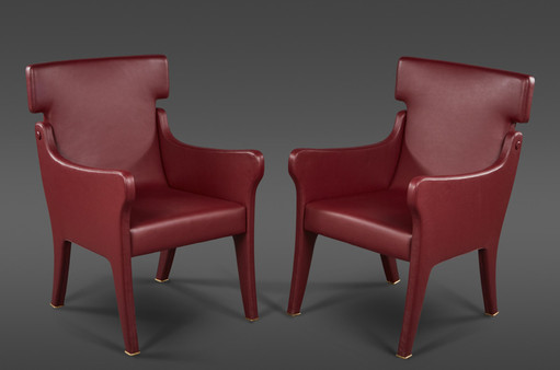 A PAIR OF SCULPTURAL IGNAZIO GARDELLA LEATHER CHAIRS