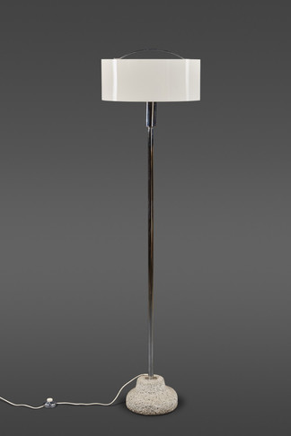 A STRIKING FLOOR LAMP WITH A CURVED DUAL ACRYLIC SHADE AND GRANITE BASE