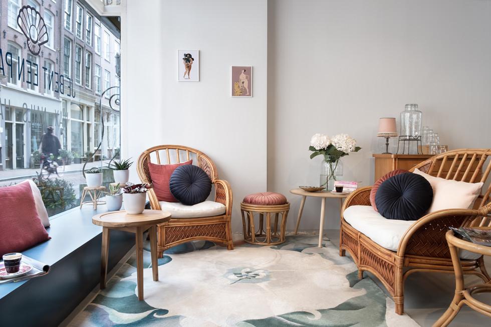 Beautysalon - reception area.jpg