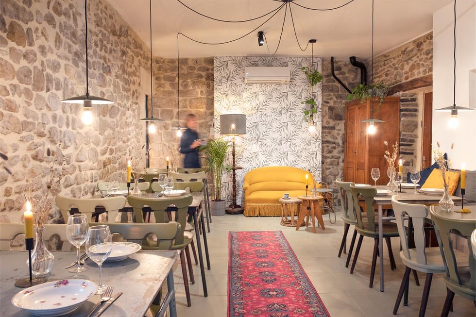 Restaurant - dining area.jpg