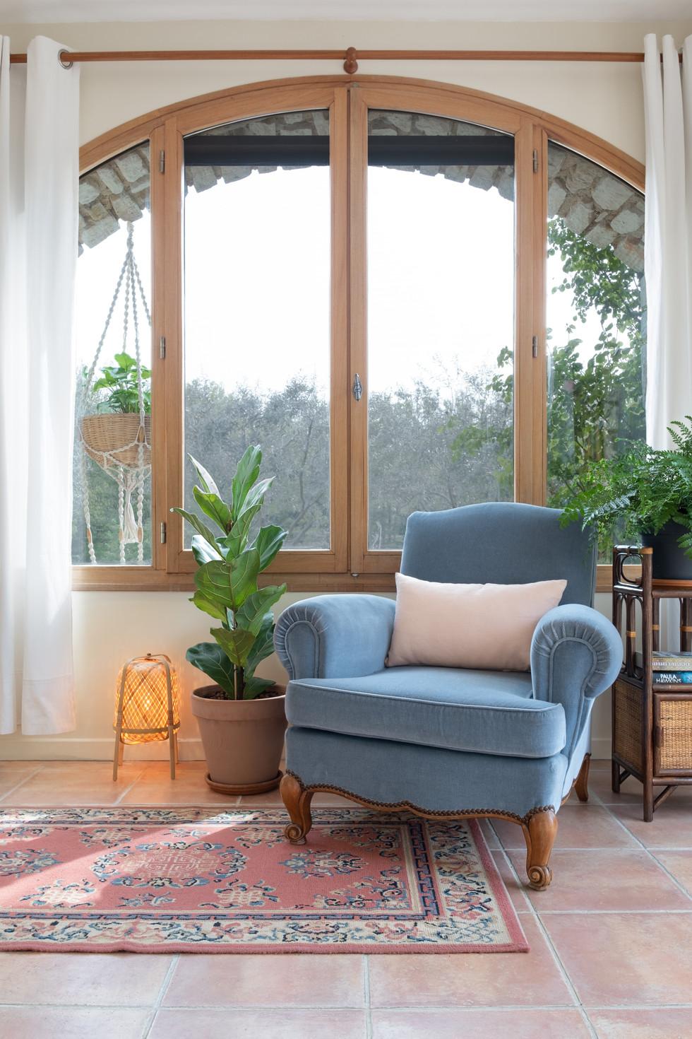 Holiday studio - livingroom2.jpg