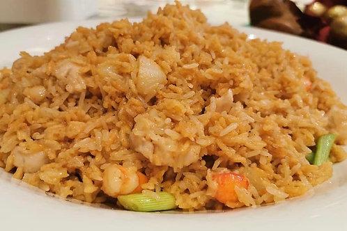 Fried Crispy Rice with Seafood in Supreme Prawn Stock 虾汤海鲜炒脆飯