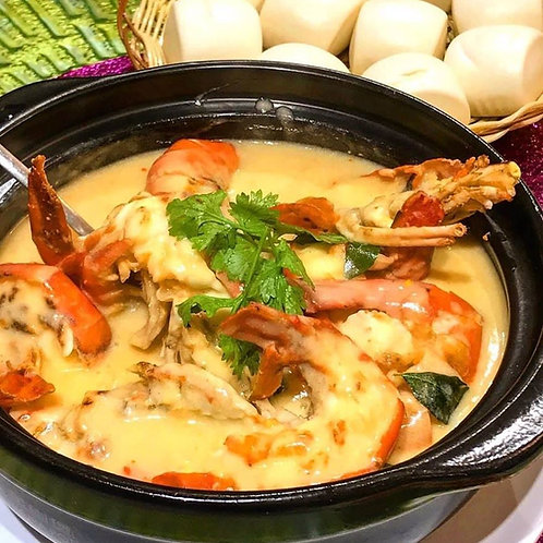 Baked Big Head Prawn with Cheese White Sauce 白汁芝士焗大头虾